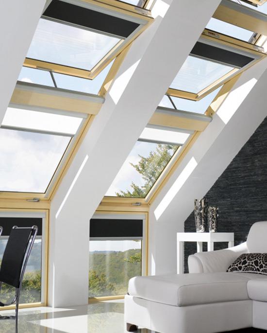 Finestra da tetto apertura combinata centro finestre per for Finestra da tetto
