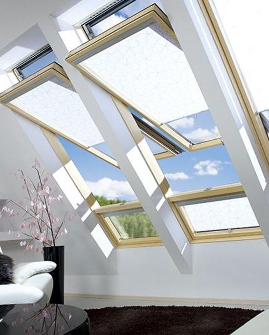 Finestra da tetto a bilico decentrata centro finestre - Finestre da tetto ...