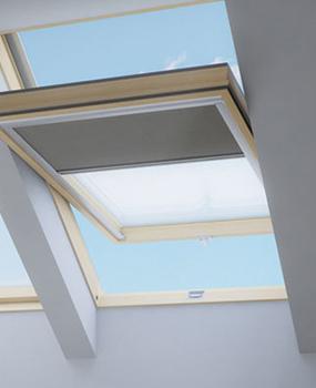 Finestre per tetti in legno centro finestre per tetti for Finestre per abbaini
